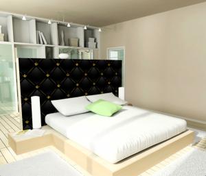 tête de lit design avec papier peint imitation cuir