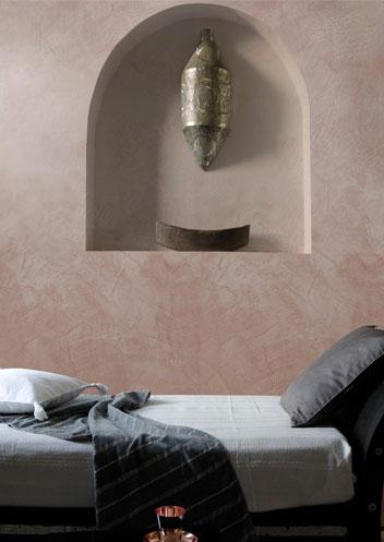Peinture a la chaux pour salon cuisine et salle de bain for Peinture enduit interieur