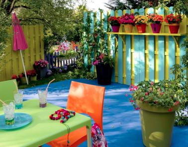 d coration balcon cloison bois peinture vert mobilier de jardin vert bleu. Black Bedroom Furniture Sets. Home Design Ideas