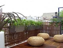 idée déco balcon et terrasse  avec palissage bois, bambou ou brande de bruyère