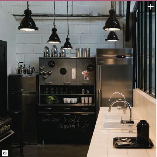 repeindre meubles de cuisine avec peinture a tableau et magnetique. Black Bedroom Furniture Sets. Home Design Ideas