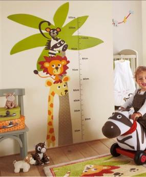 sticker bebe animaux et toise pour chambre enfant