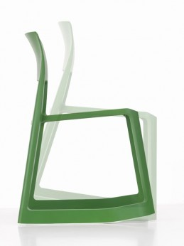 Chaise tip ton vitra coloris vert for Chaise tip ton vitra
