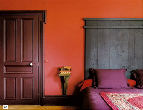 couleur chambre association rouge prune et pourpre. Black Bedroom Furniture Sets. Home Design Ideas