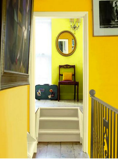 peinture escalier et palier palette de couleur jaune panama. Black Bedroom Furniture Sets. Home Design Ideas
