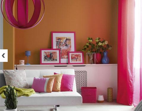 Couleur decoration salon orange rose fushia vert5 5 id es de - Idee couleur salon ...