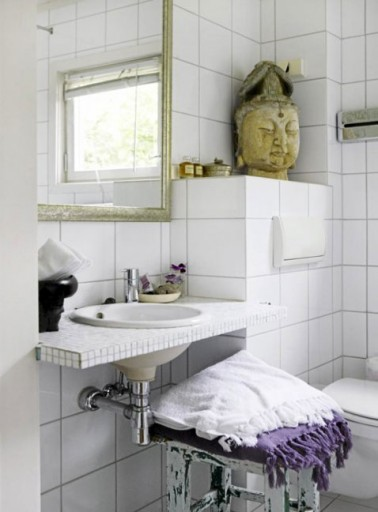 deco-cool.com/wp-content/uploads/2012/08/decoration-salle-de-bain-carrelage-blanc-plan-de-lavabo-carrelage-2X25-e1432740945689
