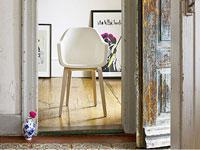 Sur le site l'Usine à Design, concevez votre canapé, fauteuils chesterfield en choisissant la couleur du simili cuir, le niveau de confort, la nature des boutons...