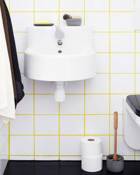 Du carrelage blanc dans la salle de bain c 39 est zen for Carrelage jaune salle de bain