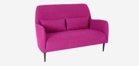 canapé en tissu 2 places couleur rose fushia modele Daborn chez habitat