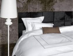 carreaux-de-cuir-tete-de-lit-chambre-adulte-Carre-Cuir