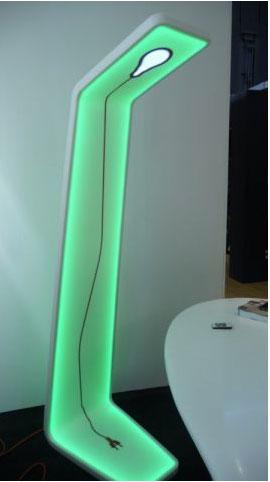 Grande lampe en Corian couleur vert. Existe en plusieurs coloris. AAstudio