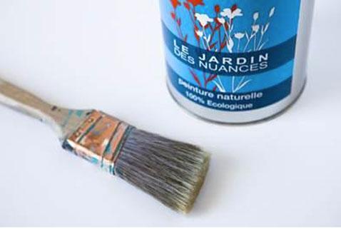 le jardin des nuances une gamme complète de peintures et enduits naturels et ecologique pour la maison. 85 couleurs en finition mat profond et satinée
