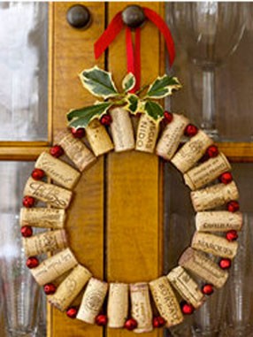 une ide de couronne de bienvenue originale pour fter nol ds la porte dentre - Idee De Deco Pour Noel
