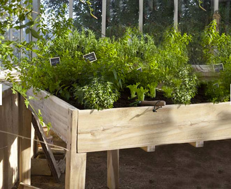 am nager un carr potager sur le balcon ou la terrasse. Black Bedroom Furniture Sets. Home Design Ideas