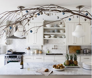 D coration d 39 une cuisine blanche pour no l for Idees pour la maison