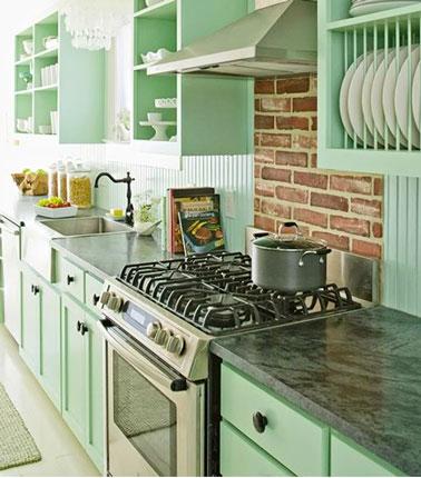 Couleur cuisine en total look vert d 39 eau for Couleur plan de travail cuisine