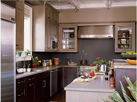 Cuisine couleur grise. Meubles de cuisine et crédence peinture gris soutenu des peintures Farrow & ball