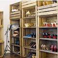 dressing-chaussures-avec-casiers-rangement-caisses-en-bois-recup