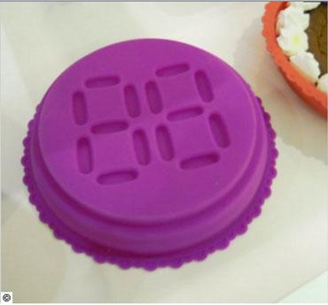 Moule à gateau en silicone qui permet impression âge en relief pour les gâteaux d'anniversaire