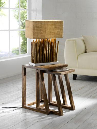lampe sur pied bois, abat-jour rectangulaire en lin. Hauteur totale 52 cm