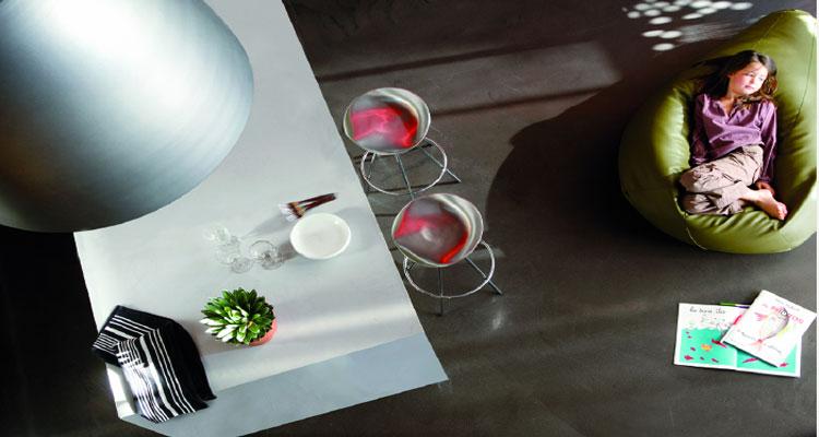 beton ciré de maison decorative pour sol mur salon chambre et plan de travail cuisine