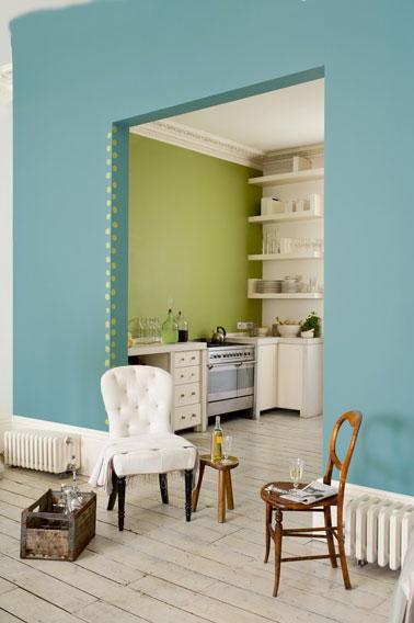Couleur peinture cuisine. couleur deco naturelle, vert jade ,lotus vert et blanc de blanc gamme ultra resist Valenite de Dulux Valentine