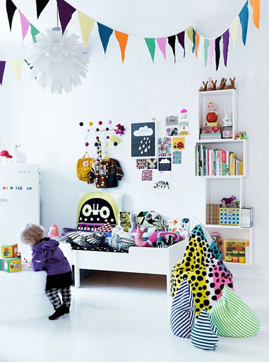 D co mur chambre fille tag re dessins et stickers - Etagere chambre fille ...