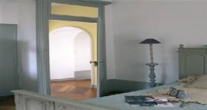 Lapeinture chambrejoue avec la couleur au bout du pinceau. Violet, rose, vert, bleu, gris…Pour une déco de chambre zen ou moderne, inspiration de peinture chambre pour choisir son style.