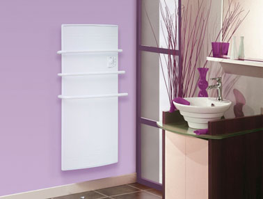 seche serviette electrique rayonnant salle de bain couleur parme violet. Black Bedroom Furniture Sets. Home Design Ideas