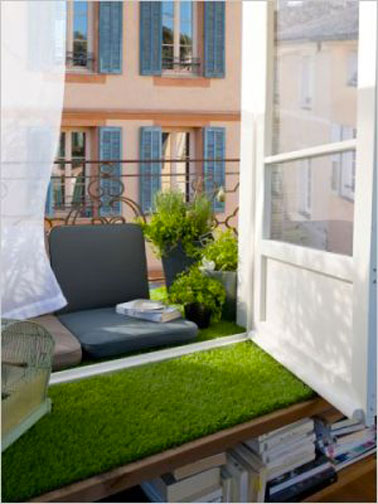 Am nagement d co pour petit balcon m me etroit - Decoration balcon long et etroit ...