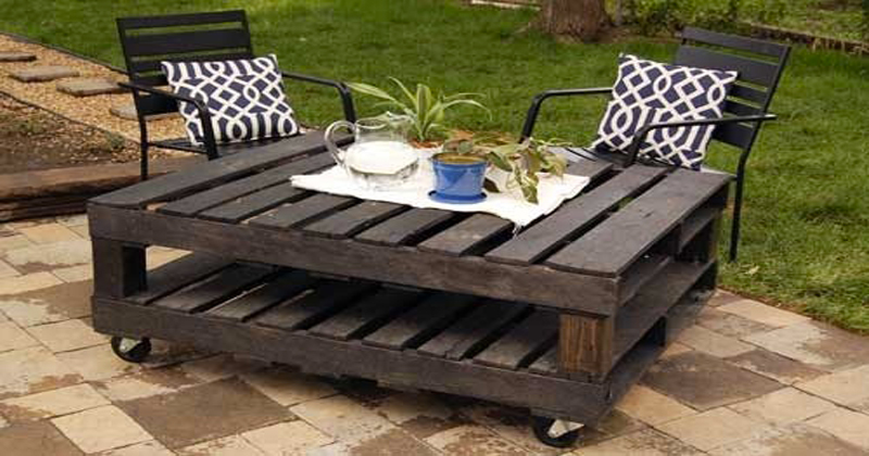 Meuble palette bois table jardin terrasse for Table de jardin terrasse