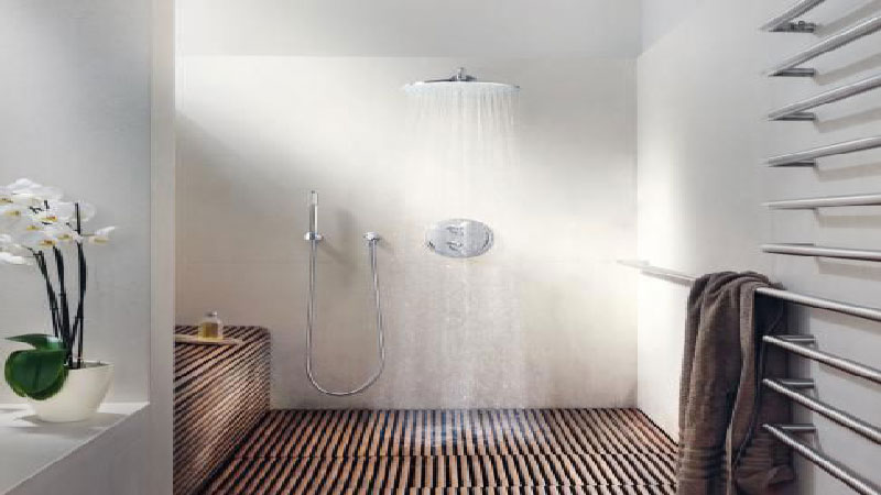 10 id es de salle de bain italienne d co for Idee decoration chambre de bain