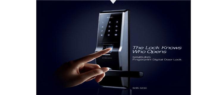 securite maison avec serrure biometrique reconnaissance empreinte digitale à poser sur porte entree maison et appartement