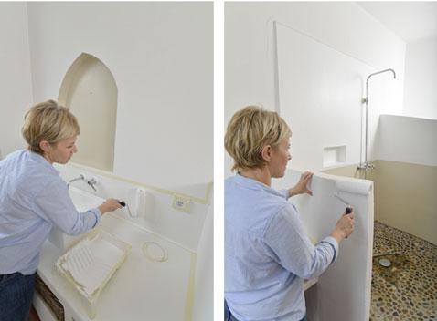 Peindre murs salle de bain de deux couleurs peinture for Peindre toilettes deux couleurs