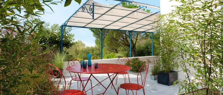 Repeindre un salon de jardin en fer directement sur la rouille - Deco jardin fer rouille ...