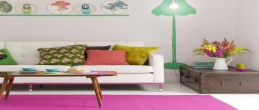 Dans le salon, les couleurs ont le pouvoir d'agir sur l'impression d'espace. Découvrez quelle peinture et couleur pour agrandir un petit salon.
