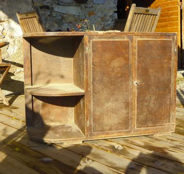 Peindre un meuble en bois verni photo avant - Peinture pour peindre meuble en bois ...