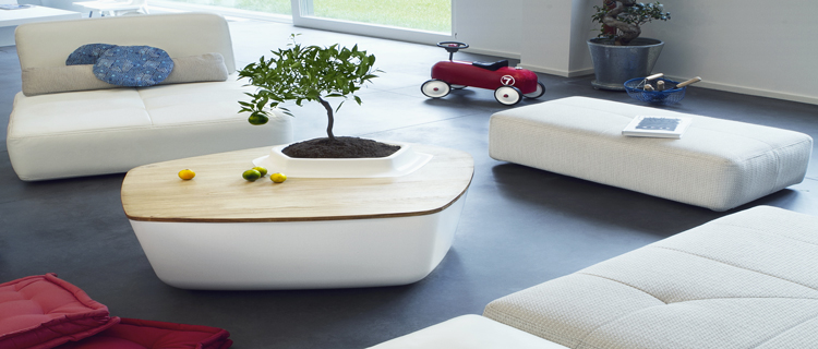 volcane la table de salon qui se fait jardin zen deco cool. Black Bedroom Furniture Sets. Home Design Ideas