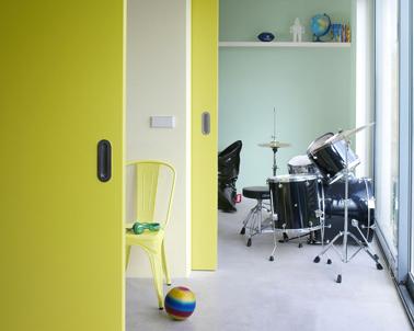 chambre ado couleur jaune et vert sorbet. Black Bedroom Furniture Sets. Home Design Ideas