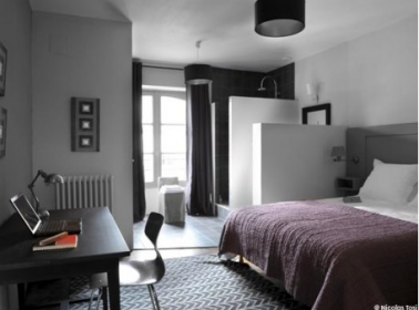 couleur chambre association de gris noir et rouge. Black Bedroom Furniture Sets. Home Design Ideas