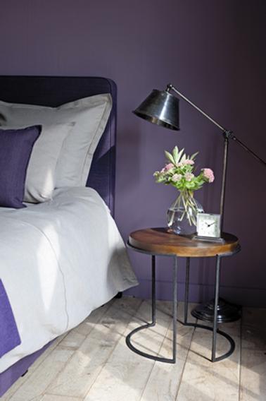 Couleur peinture chambre violet flamant for Couleur violet pour chambre
