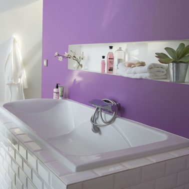 peinture salle de bain couleur violet carrelage m tro. Black Bedroom Furniture Sets. Home Design Ideas
