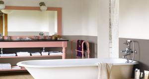 décoration salle de bain : idée couleurs peinture tendance