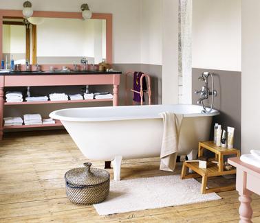 Peinture salle de bain couleur lin et taupe for Peinture pour salle de bain couleur