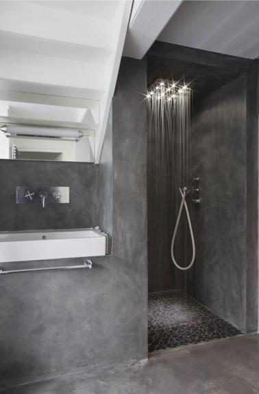 salle de bain design en béton gris anthracite - Salle De Bain Design Gris