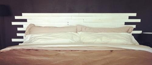 T te de lit en bois faire soi m me id es d co - Lit en palette mode d emploi ...