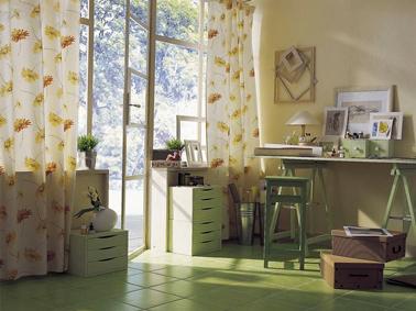 D coration d 39 un coin bureau id es couleurs peinture - Amenagement d un bureau a la maison ...