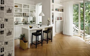 Carrelage cuisine c ramique imitation parquet for Parquet dans une cuisine