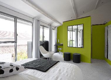 Peinture chambre vert bronze sur cloison s paration dressing - Peinture verte chambre ...